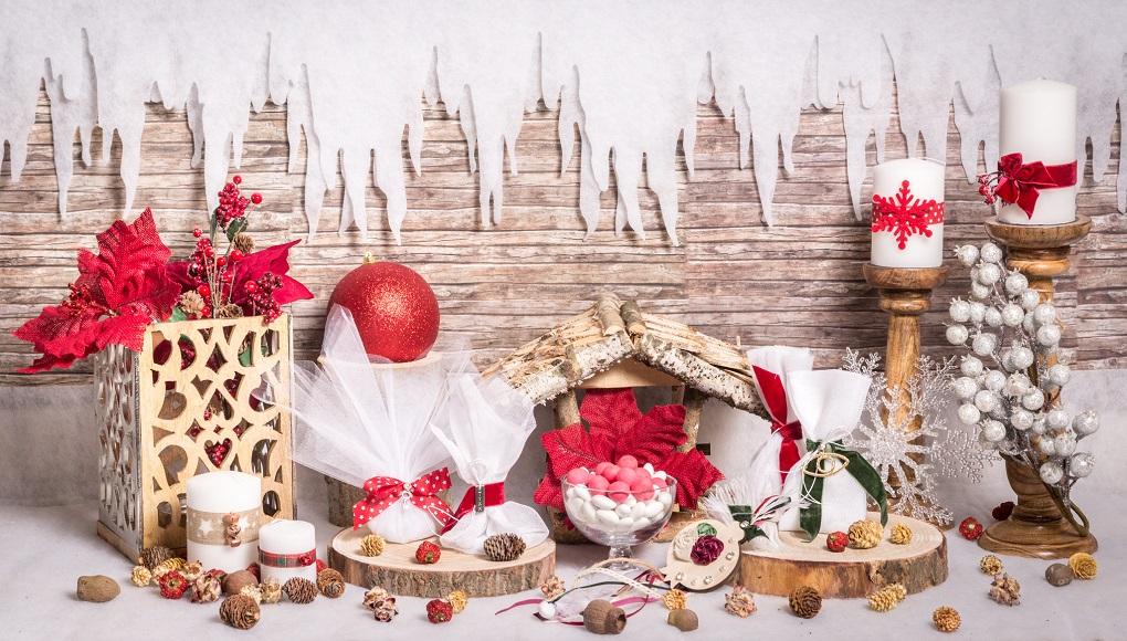 Χριστουγεννιάτικο τραπέζι ευχών