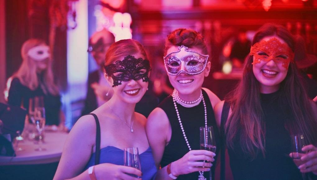 6 βήματα Πώς να οργανώσω ένα αποκριάτικο πάρτι;