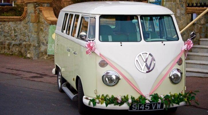 Εναλλακτική μεταφορά νύφης με βανάκι