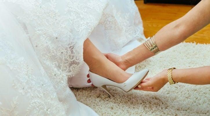 Επιλογή παπουτσιών νύφης