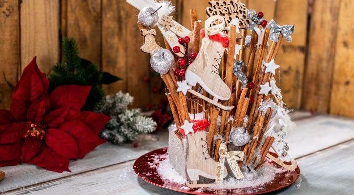 Χριστουγεννιάτικο centerpiece με κανέλες