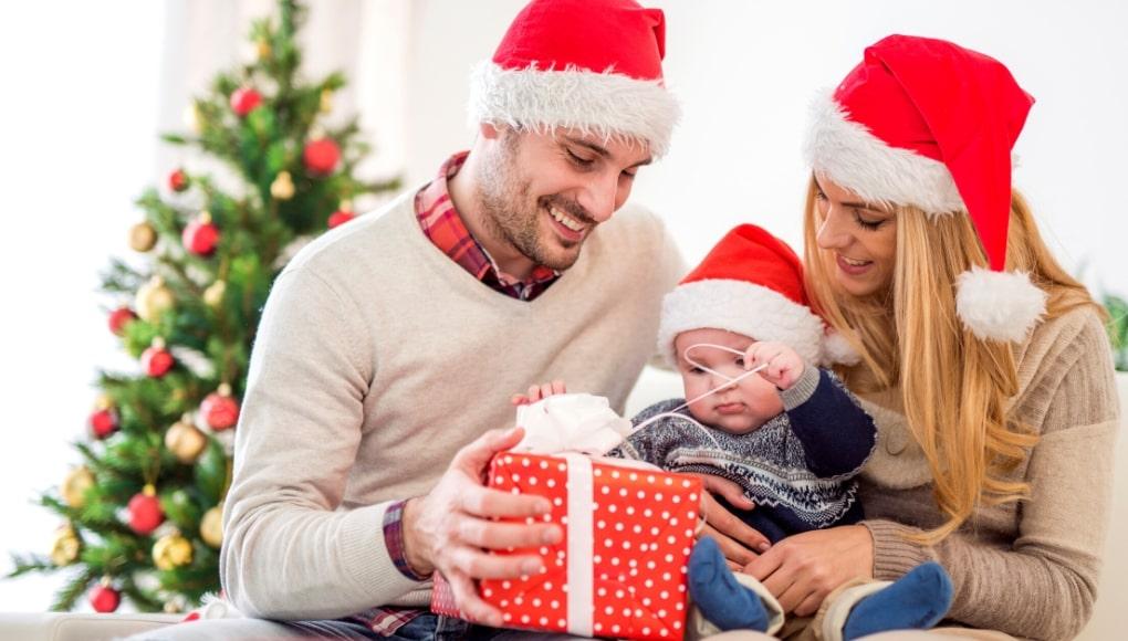 τα πρωτα χριστουγεννα με το μωρο διακοσμηση ιδεες