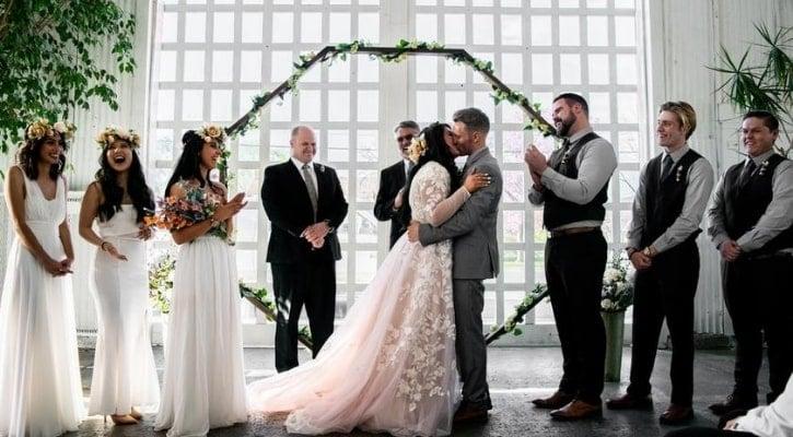 Minimal γάμος- τι θέμα γάμου να διαλέξω