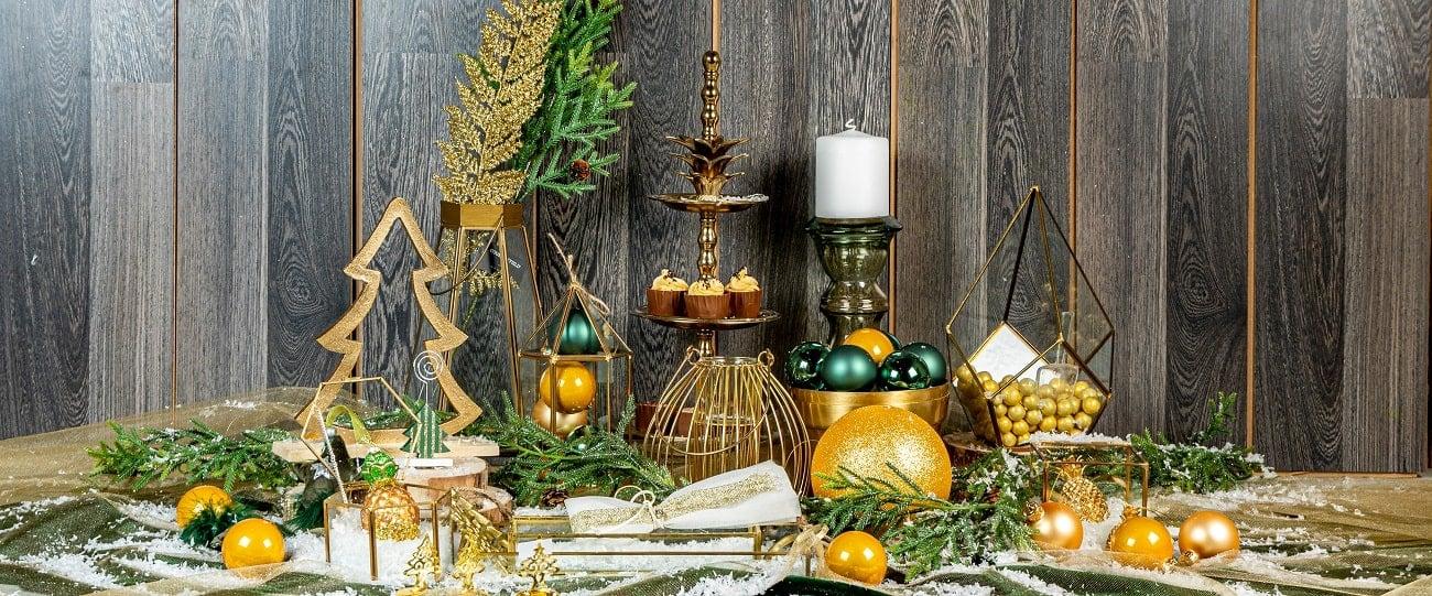 χριστουγεννιατικη διακοσμηση γαμου πρασινο χρυσο